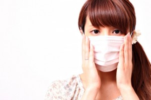 マスク女性_トリミング